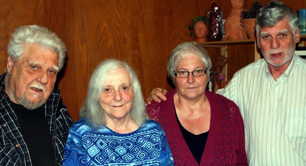 Maximilien, Lisbeth, Trudy et Peter, réunis à Entlebuch en juillet 2014 pour le quatre-vingtième anniversaire de Maximilien